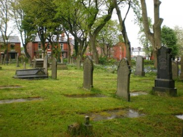 St_Margaret's_Church,_Prestwich,_Graveyard_-_geograph_org_uk_-_1299006
