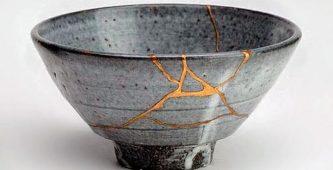 Kırılan-Parçaları-Birleştirme-Sanatı-Kintsugi-Nedir-780x400